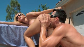 Only anal pounding for blonde chick Jessie Rogers for today