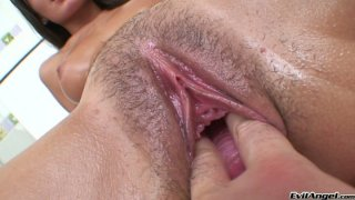 Delicious pussy treatment for sweet babe Sophie